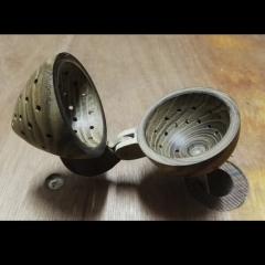 Scharnier thee-ei functioneert mooi